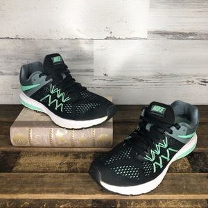 Nike Zoom Winflo 3 running sneakers black mint
